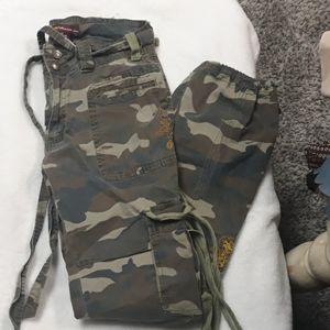 Neeso Camo Cargo Pants - Size 13